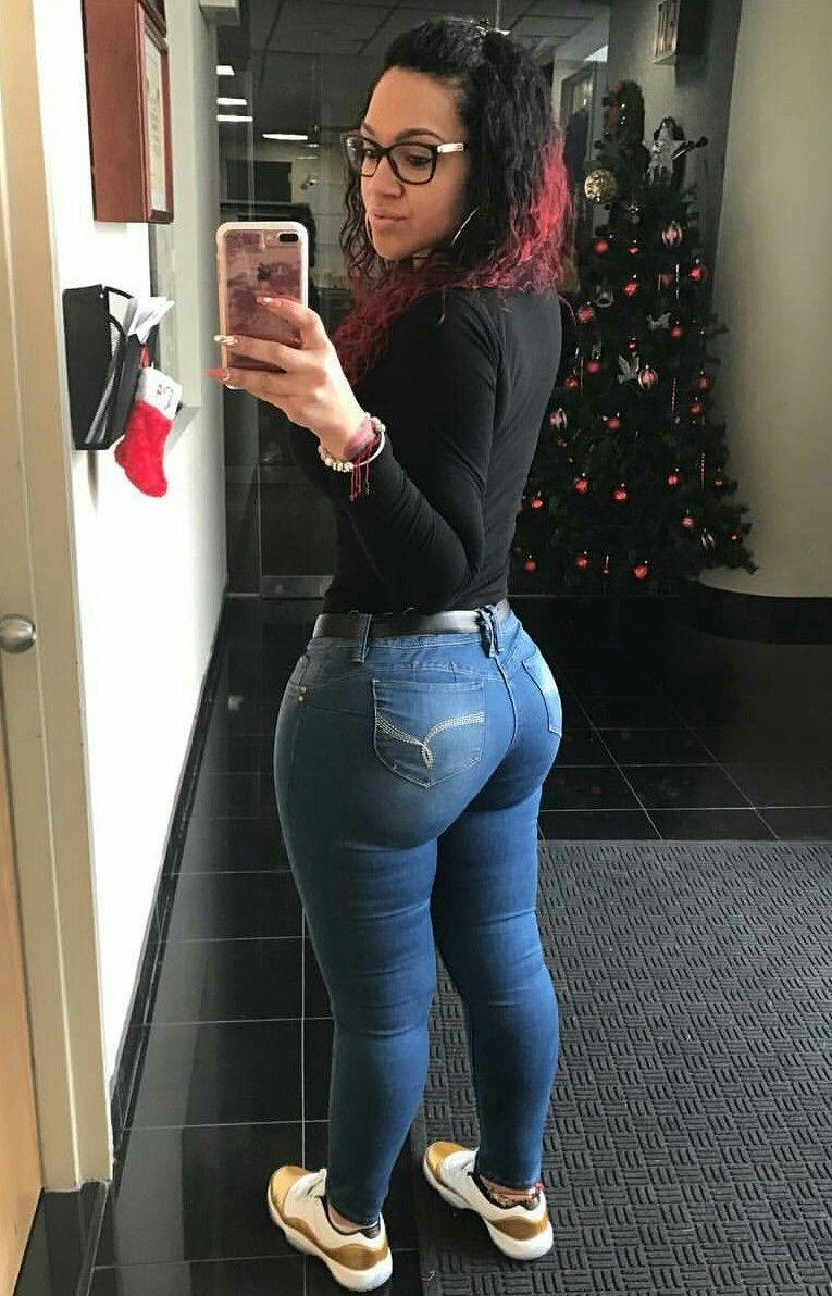 skinny black girl gets fucked hard