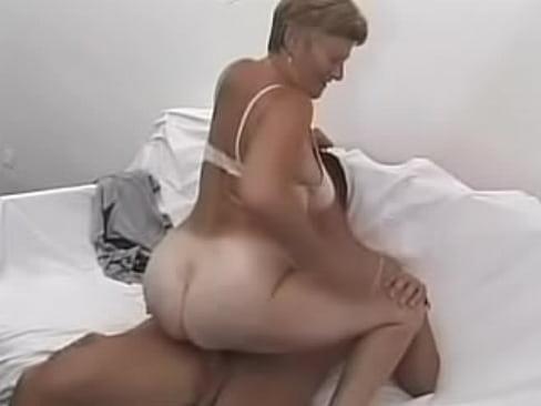 first night sex live